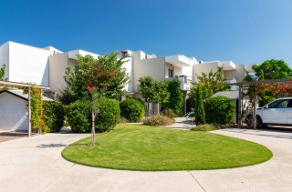 gallery ammouda villas garden view-16