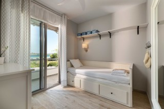 sea view villa ammouda room